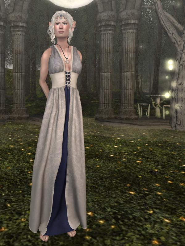 Nuite Reveur, White over Royale